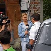 Кмета на село Усойка Красимир Николов пред журналисти от БНТ