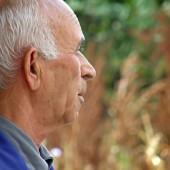 Какво ли бъдеще виждат възрастните?
